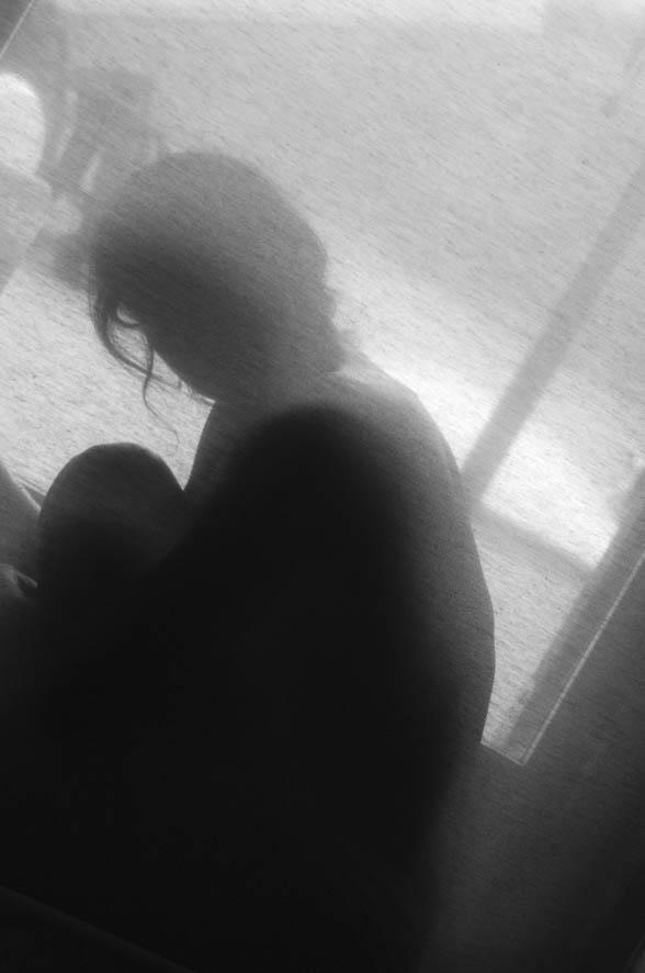 acoso redes sociales, mi novio me controla, adolescencia, violencia en la pareja